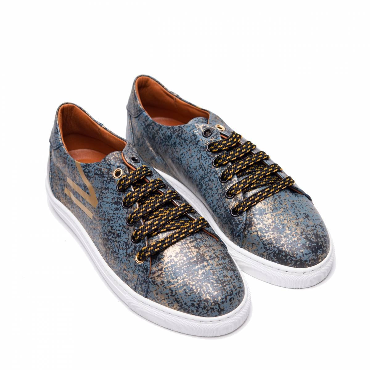 Doble-b-sneaker-azul-oro-lr.jpg
