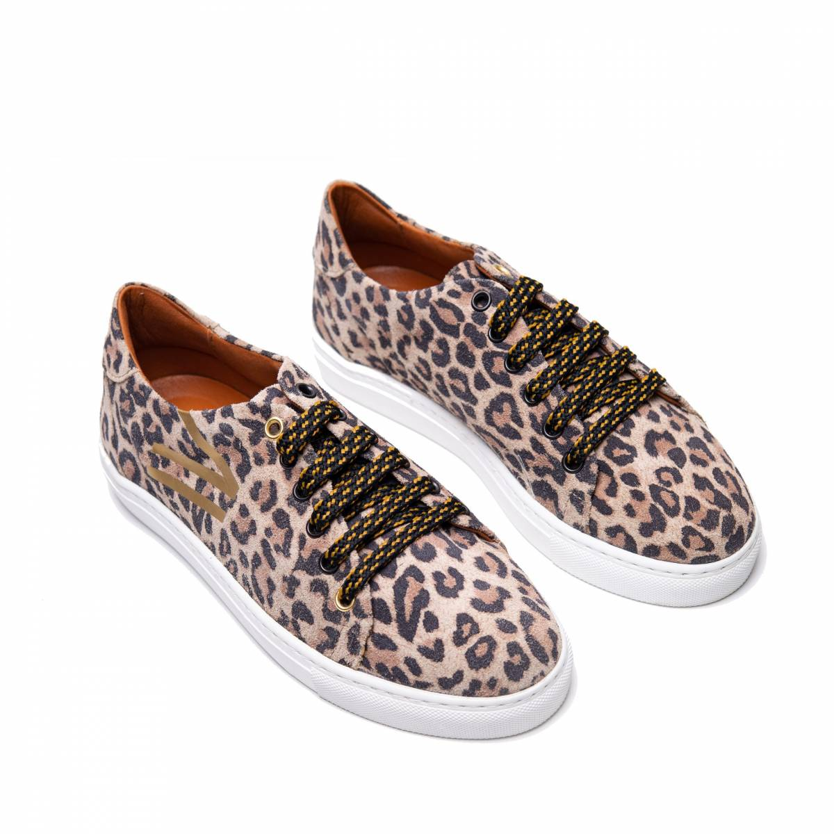 Doble-b-sneaker-leopardo-lr.jpg